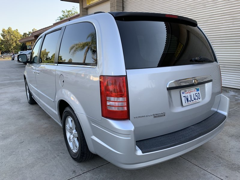 2008 Chrysler Town & Country Touring - Certified Auto Sales