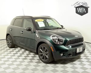 View 2014 MINI Cooper Countryman S