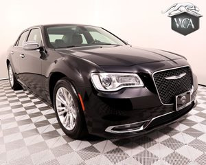 2016 Chrysler 300 C Carfax 1-Owner - No AccidentsDamage Reported Light Group Audio Auxiliary A