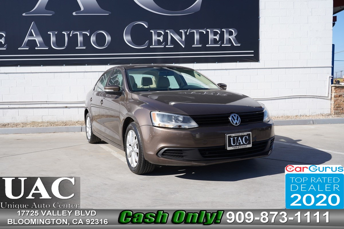 2011 Volkswagen Jetta Sedan SE w/Convenience & Sunroof PZEV