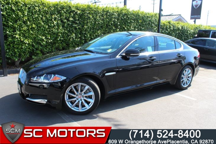 2015 Jaguar XF (BACK UP CAMERA & NAVIGATION) 2.0T Premium