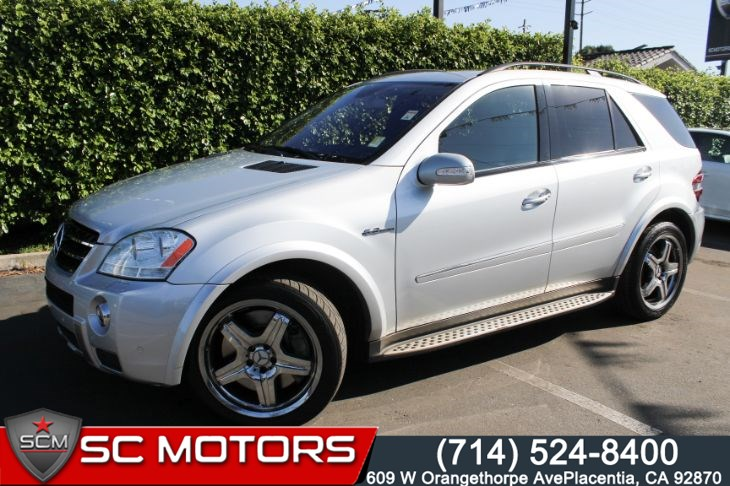 2008 Mercedes-Benz ML63 AMG 4MATIC (BACK UP CAMERA & NAVIGATION)