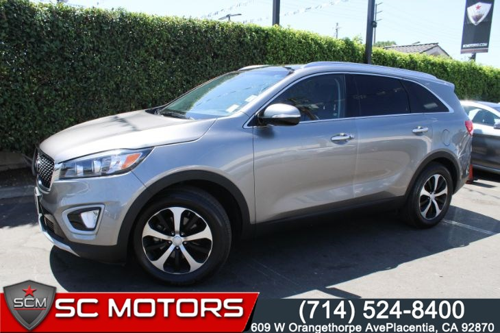 2017 Kia Sorento EX ( PANORAMIC ROOF & LEATHER SEATS)