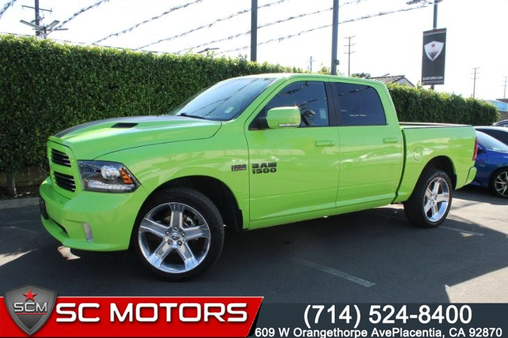 2017 Ram 1500 SUBLIME GREEN SPORT (NAVIGATION & LEATHER SEATS)