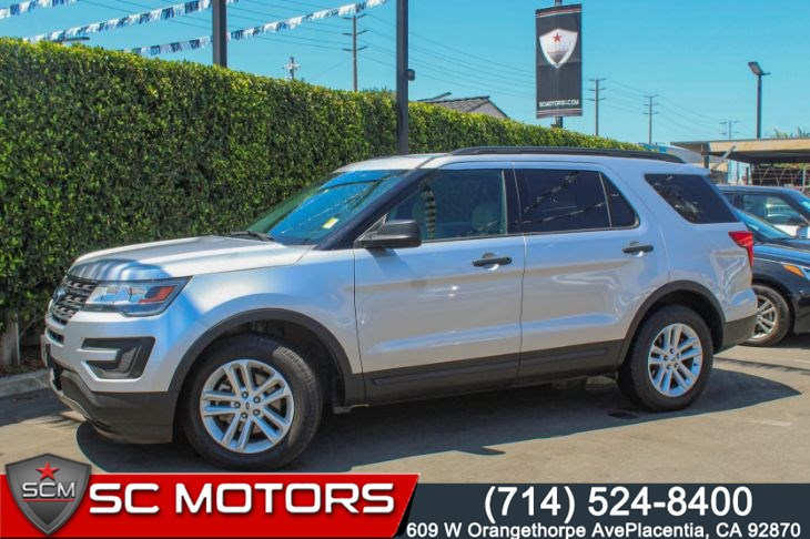 2017 Ford Explorer FWD (SYNC Capabilities & Rear View Camera)