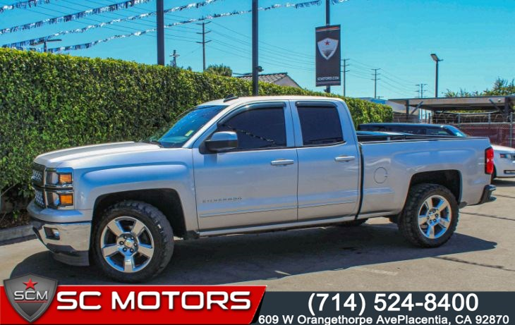 "2015 Chevrolet Silverado 1500 LT W/ 1LT(8"" Color Touch Screen & Heated Seats)"