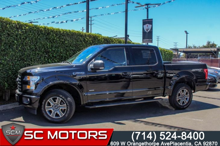 2017 Ford F-150 XLT 4X4 (VOICE ACTIVATED NAVIGATION)