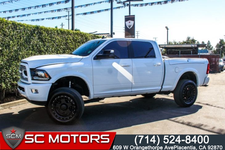 "2018 Ram 2500 Laramie(20"" ALUMINUM WHEELS & UCONNECT NAVIGATION)"