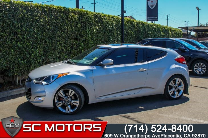 2017 Hyundai Veloster Value Edition(PANORAMIC SUNROOF & APPLE CARPLAY)