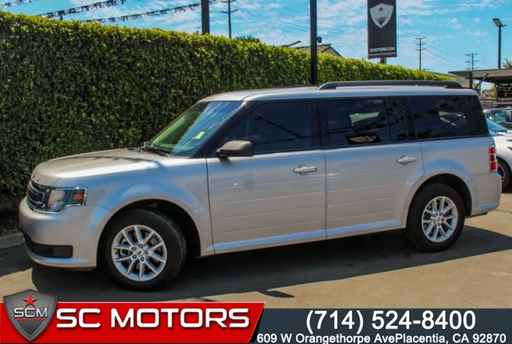 "2019 Ford Flex SE(THIRD ROW SEATS & 17"" PAINTED ALUMINUM WHEELS)"