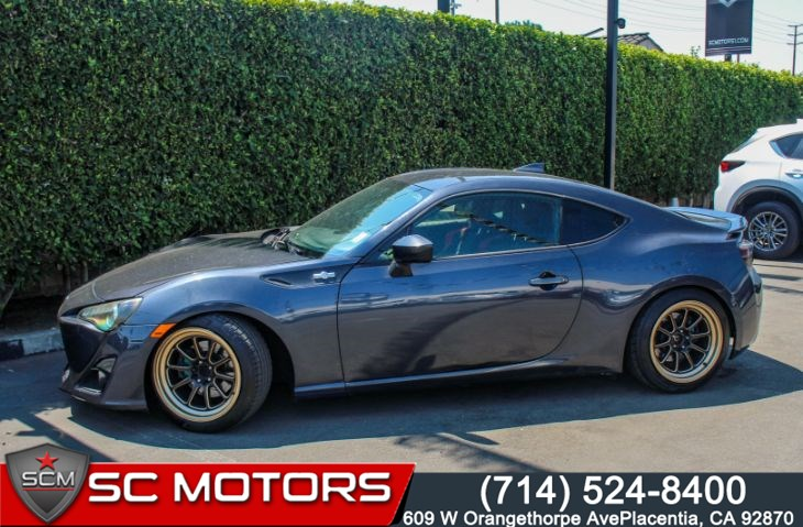 "2013 Scion FR-S Base(17"" ALUMINUM WHEELS & PIONEER SOUND)"