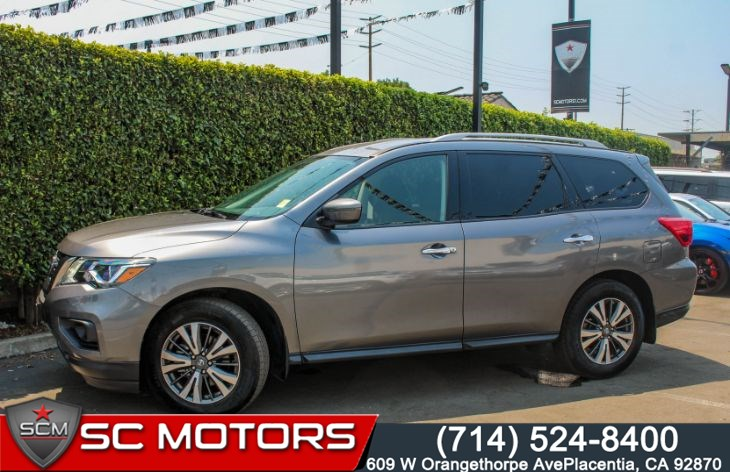 "2018 Nissan Pathfinder S(THIRD ROW SEATS & 18"" MACHINED ALLOY WHEELS)"