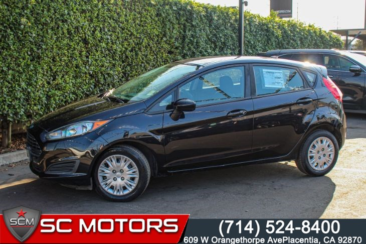 2015 Ford Fiesta S(6-SPEED AUTOMATIC & SYNC CONNECT)