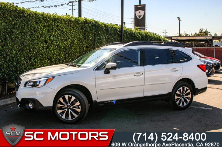 2017 Subaru Outback Limited(NAVIGATION, LEATHER SEATS & BACK-UP CAM)