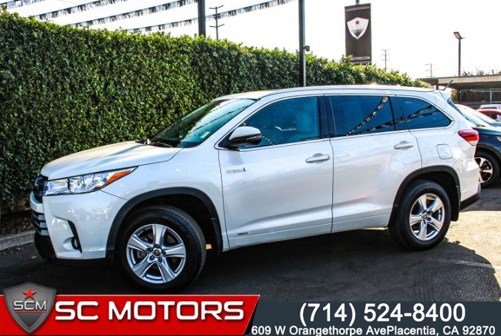 2017 Toyota Highlander HYBRID Limited AWD(THIRD ROW SEATS & PANORAMIC SUNROOF)