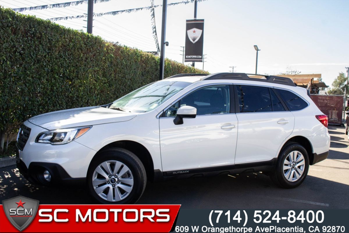 2017 Subaru Outback Premium (AWD, HEATED FRONT SEATS, BACK UP CAMERA)