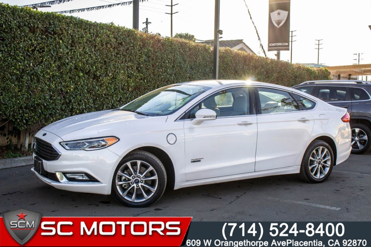 2017 Ford Fusion Energi SE Luxury (HEATED FRONT ROW SEATS, BACK UP CAM)