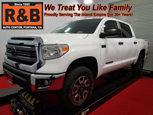 View 2014 Toyota Tundra 4x4 Lifted
