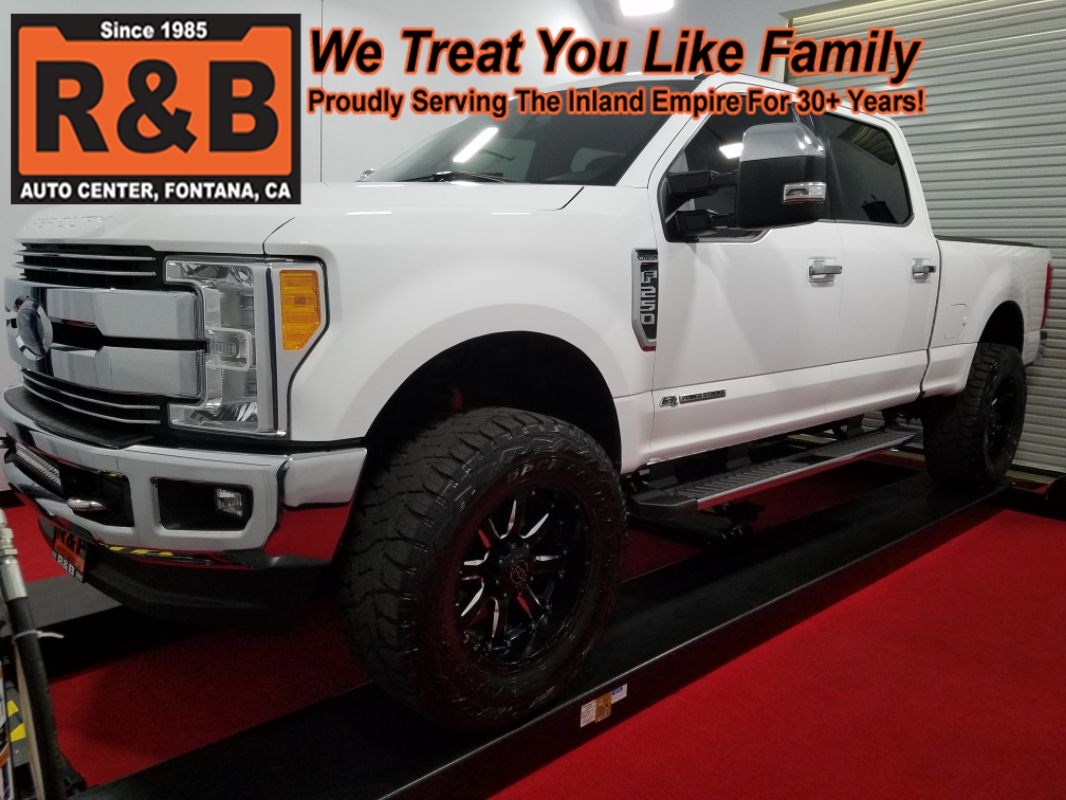 2017 F250 Lifted >> 2017 Ford Super Duty F 250 Lifted 4x4 Diesel Lariat R B Auto Center