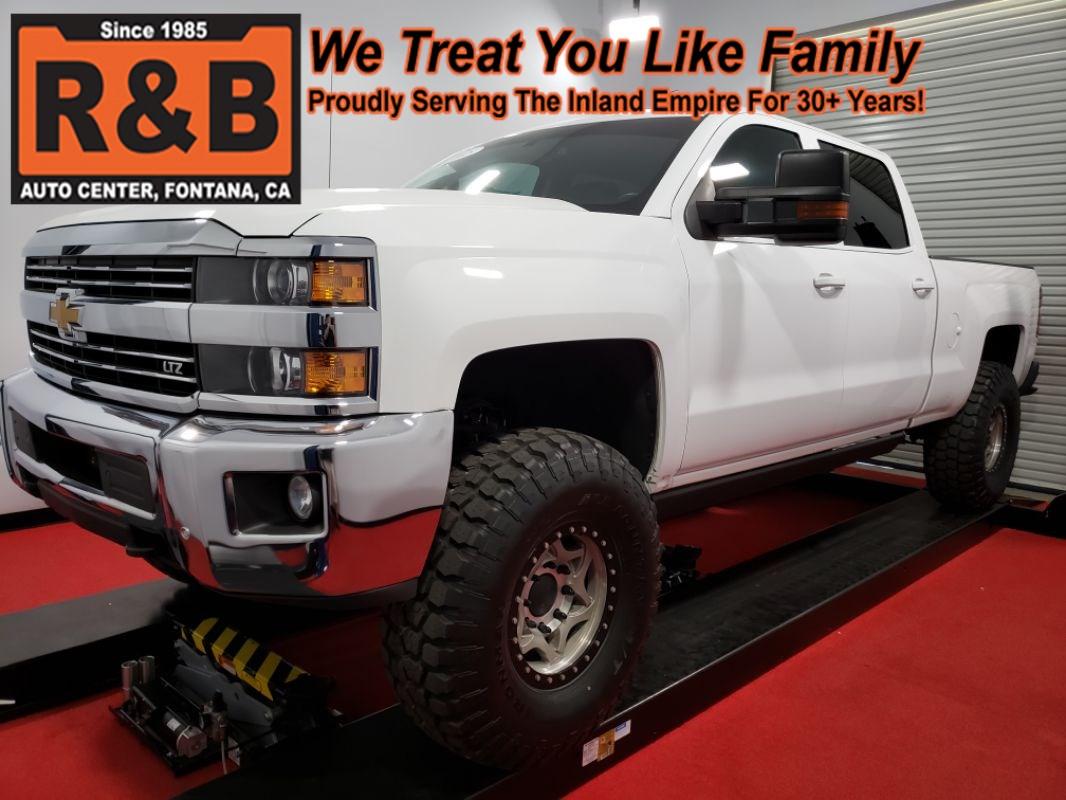 2015 Chevy Silverado Lifted >> 2015 Chevrolet Silverado 2500hd Ltz 6 6l V8 Lifted 4x4 Diesel R B Auto Center