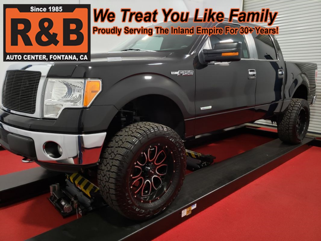 2013 Ford F-150 lifted 4x4 XLT