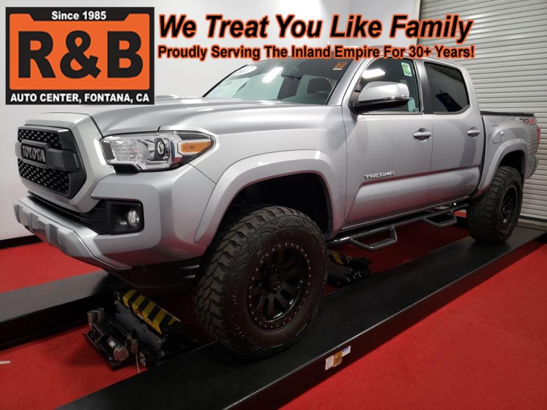2017 Toyota Tacoma Lifted >> 2017 Toyota Tacoma Trd Sport 4x4 Lifted R B Auto Center