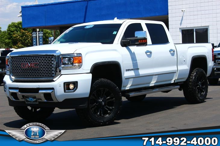 2015 GMC Sierra 2500HD available WiFi Denali