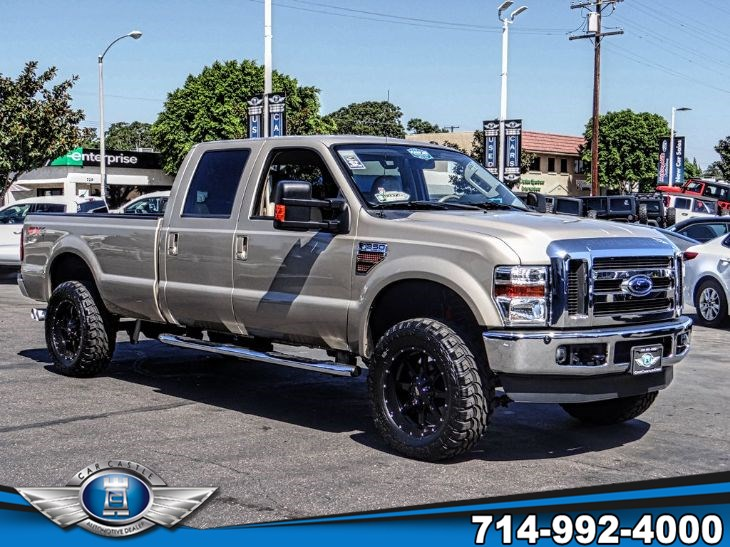 2010 Ford Super Duty F-350 SRW 4X4 LARIAT