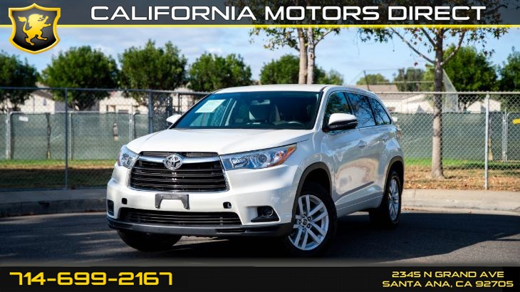 2016 Toyota Highlander LE (Nav + Backup Camera)