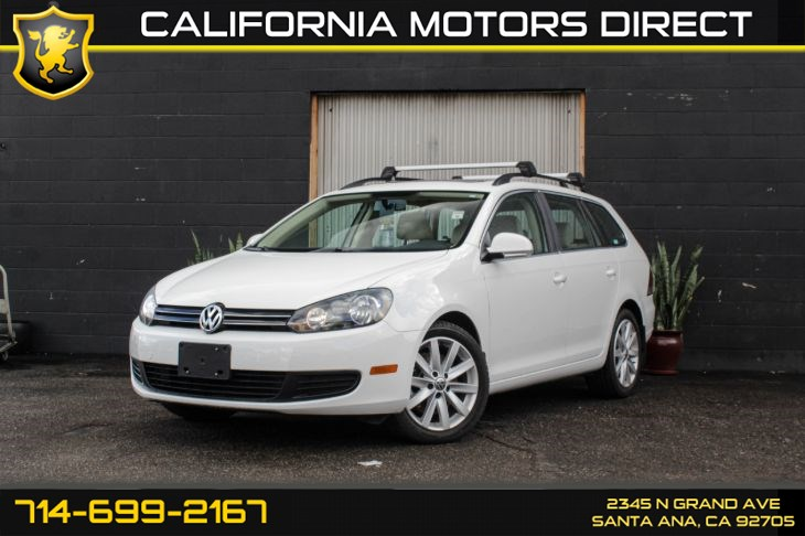2014 Volkswagen Jetta SportWagen TDI (Panoramic Sunroof + Backup Camera)