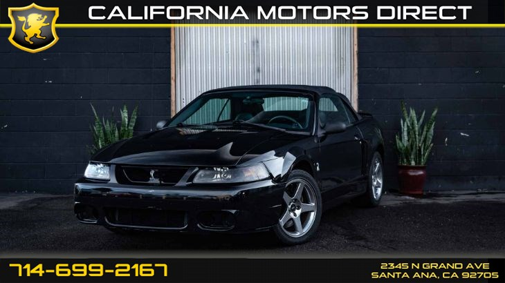 2004 Ford Mustang SVT Cobra (Convertible/ Leather seats)