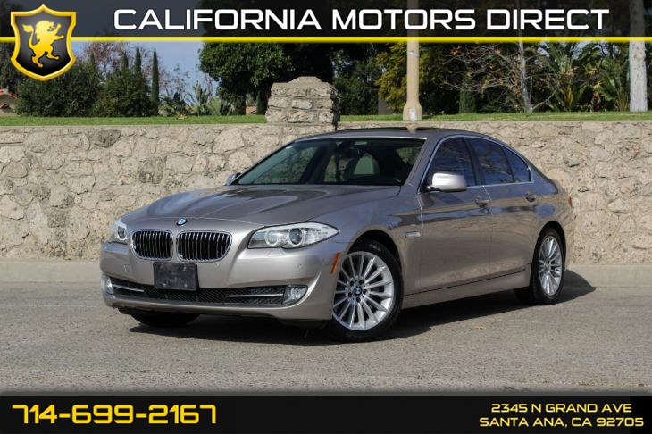 2012 BMW 5 Series 535i (w/Technology Package)
