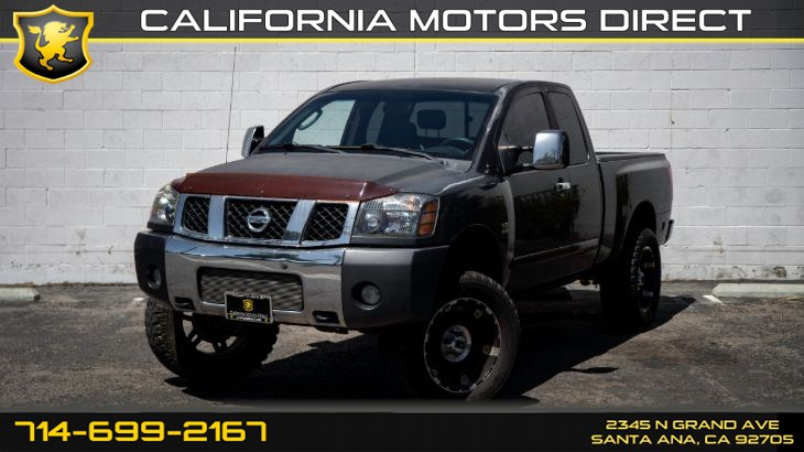 2004 Nissan Titan SE (Lifted, CD Player)