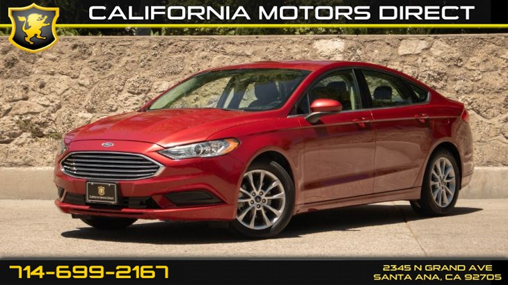 2017 Ford Fusion SE (w/Keyless Start/ Back-Up Camera)