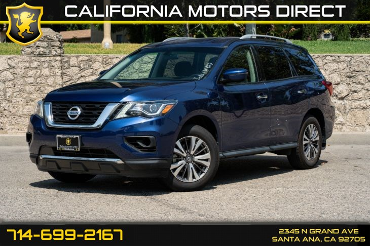 2017 Nissan Pathfinder S (w/Bluetooth/3rd Row Seat)