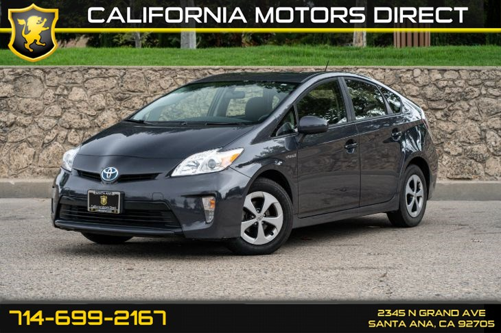 2015 Toyota Prius One (w/Bluetooth/Back-Up Camera)