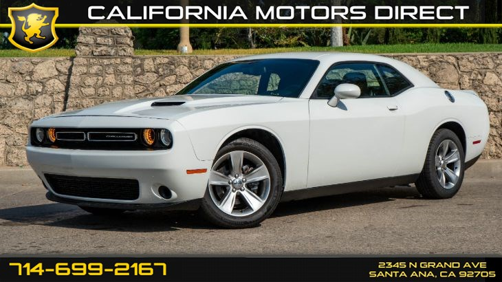 2018 Dodge Challenger SXT (w/ Quick Order Package 21 A SXT/Bluetooth)