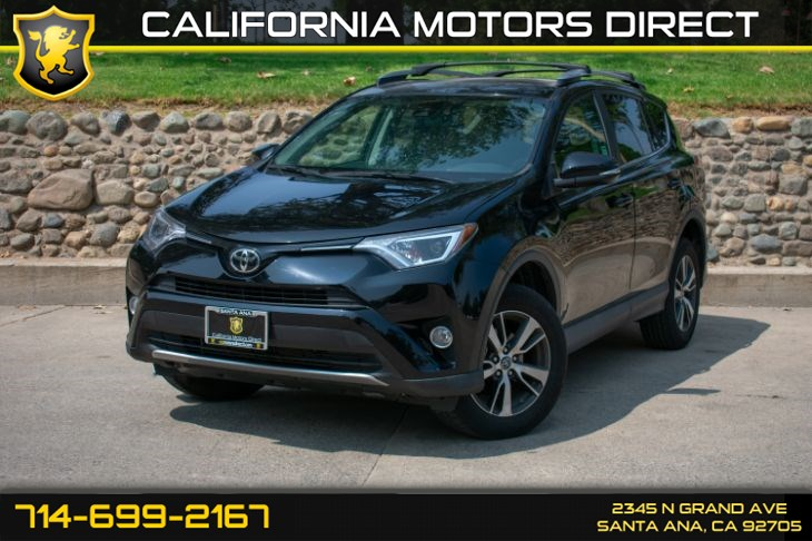 2017 Toyota RAV4 XLE (w/Bluetooth/Back-Up Camera)