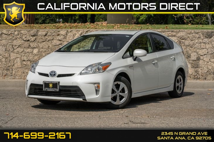 2015 Toyota Prius Two (w/Back-Up Camera/Bluetooth)