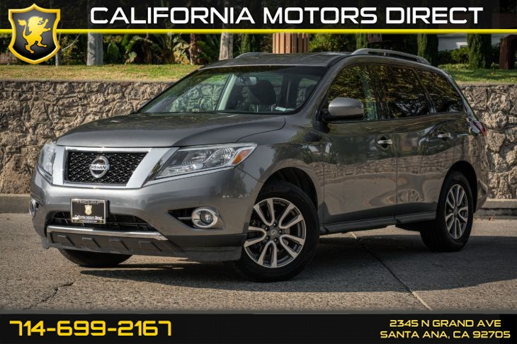 2016 Nissan Pathfinder SV (w/Bluetooth/3rd Row Seat)