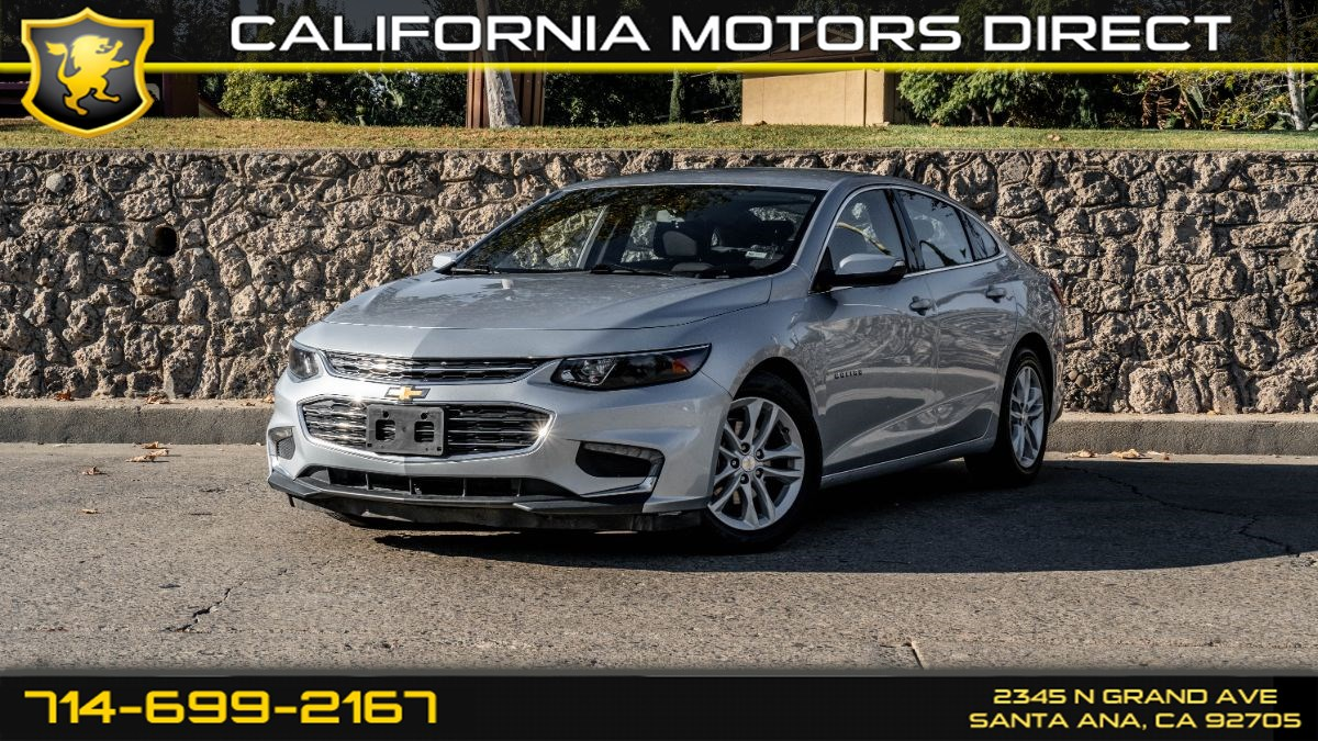 2018 Chevrolet Malibu (w/ Back-Up Camera/Keyless Start)