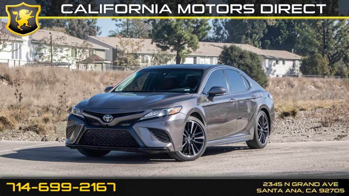 2018 Toyota Camry XSE (w/ Red Leather Interior/ Audio Pkg)