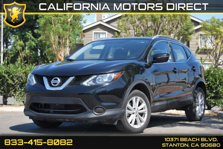 2017 Nissan Rogue Sport SV W/ Convenience Backup Camera