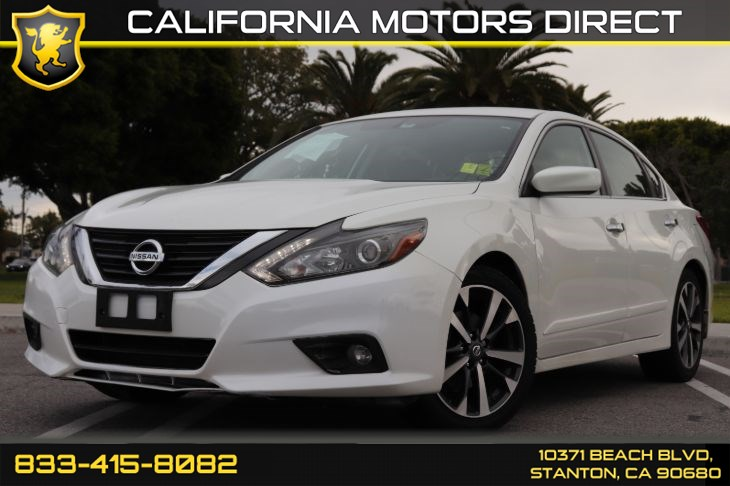 2017 Nissan Altima 2.5 SR LED Appearance Package
