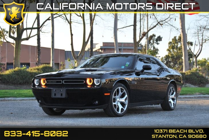 2016 Dodge Challenger SXT Plus W/ Uconnect