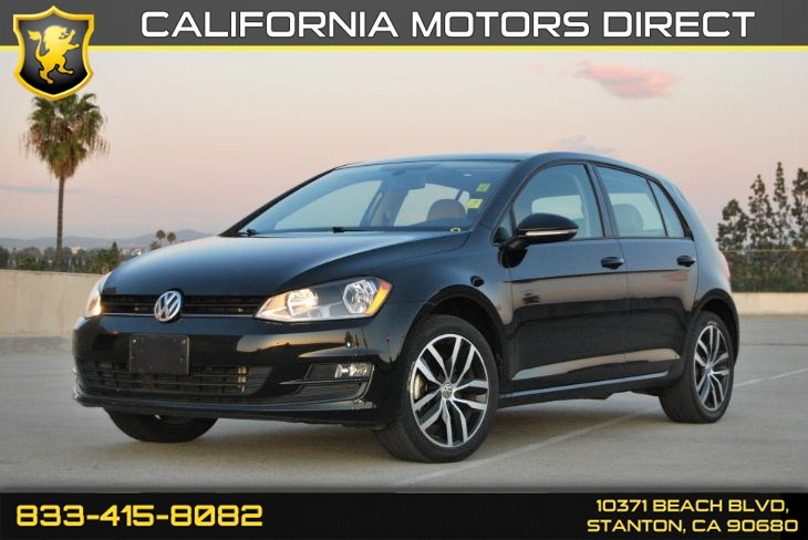 2016 Volkswagen Golf TSI SE W/ Rearview Camera