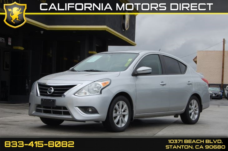 "2015 Nissan Versa SL W/ 5"" Color Display"