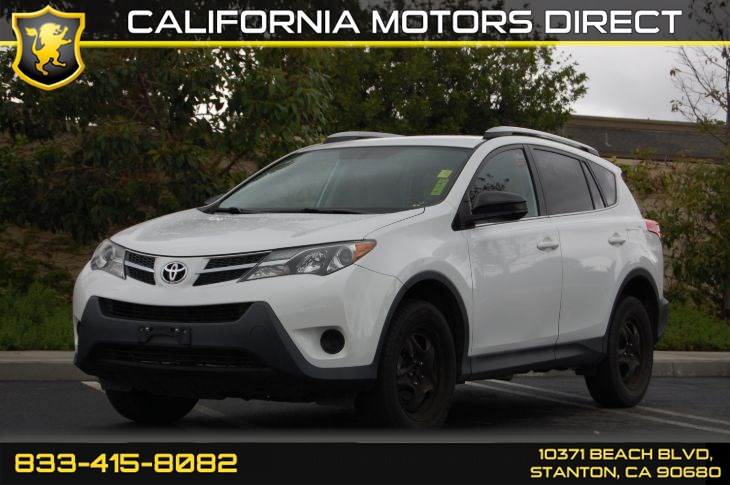 2013 Toyota RAV4 LE (Backup Camera & Bluetooth)