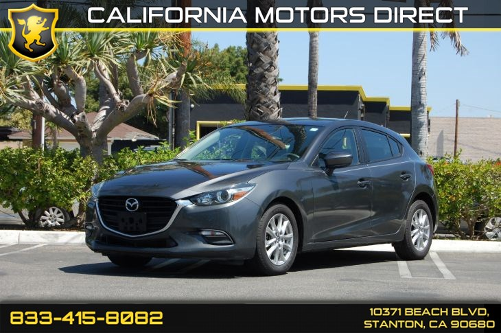 2017 Mazda Mazda3 5-Door Sport (Backup Camera & Bluetooth Audio)