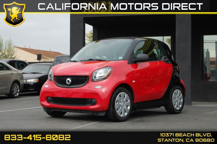 2017 smart Fortwo Elective Drive Coupe (Smartphone Cradle & Light Tinted Glass)
